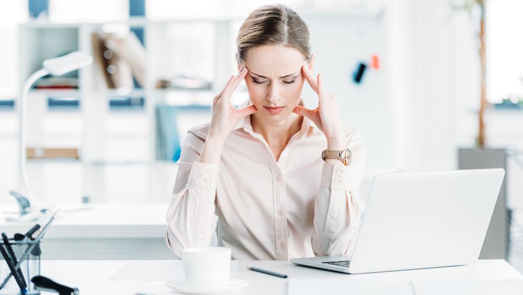 Кортизоловый живот, девушка, стресс